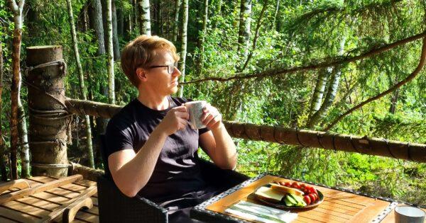 Poilsis gamtoje. Miško restoranas